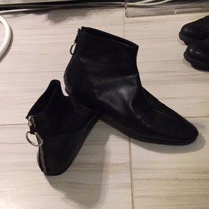Zara flat leather ankle boots worn 2x